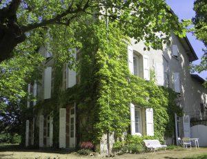 Belles demeures à vendre de 0.37 HA - beaujolais