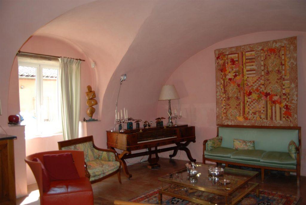 Belles demeures à vendre de 0.82 HA - beaujolais