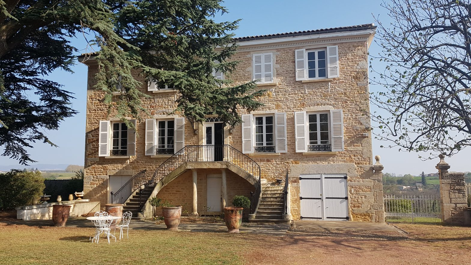 Prestige Properties to sell of 0.4 HA - beaujolais-en