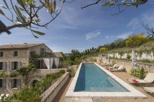Belles demeures à vendre de 4 HA - Vallée du Rhone - 277vm - fr