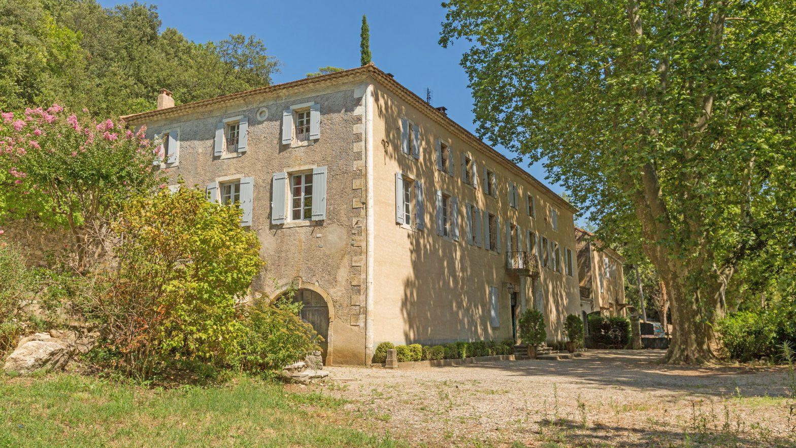 Propriété viticole à vendre de 30 HA - Vallée du Rhone - 1883 CDR - fr