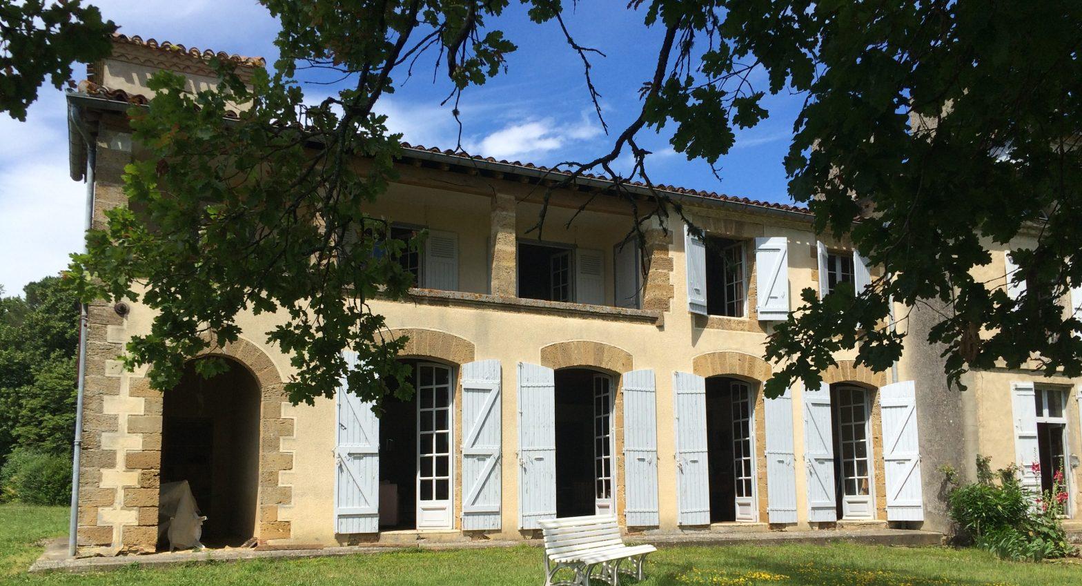 Propriété viticole à vendre de 37 HA - Bordeaux - 16111 - fr