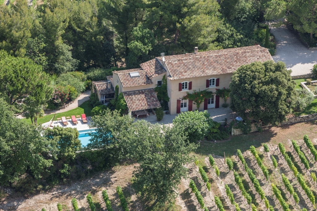 Wine Estates to sell of 12 HA - Vallée du Rhone - 1668CDR - en