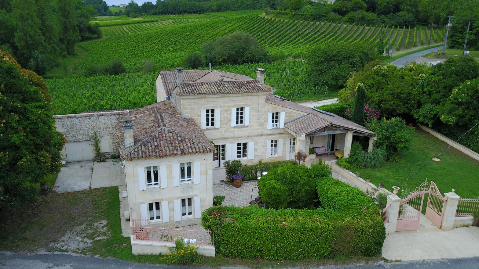 Wine Estates to sell of 2.33 HA - Bordeaux - 9086 - en