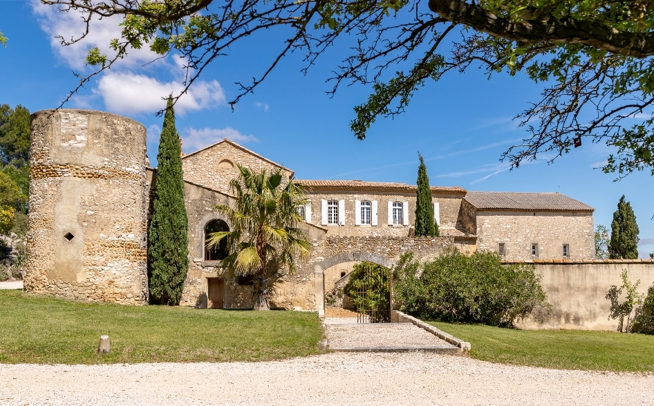 Wine Estates to sell of 55 HA - Vallée du Rhone - 1988CDR - en