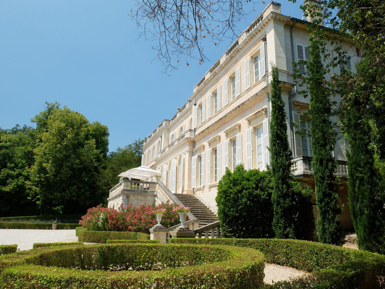 Wine Estates to sell of 85 HA - Vallée du Rhone - 158vm - en